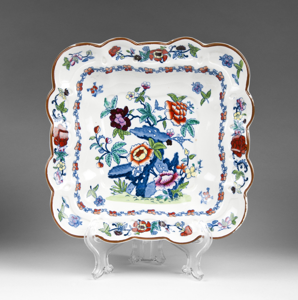 19th C. Gaudy Ironstone Square Bowl Imari Palette