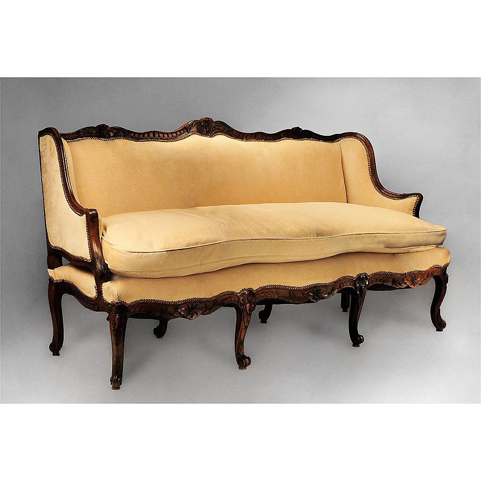 Marvelous 18th C. French Provincial Régence Canape Or Sofa