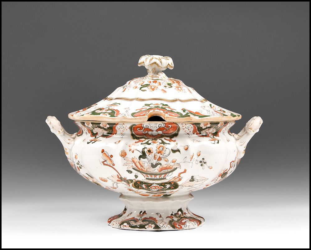 Early 19th C. Mason's Ironstone Japan Pattern Pedestal Soup Tureen