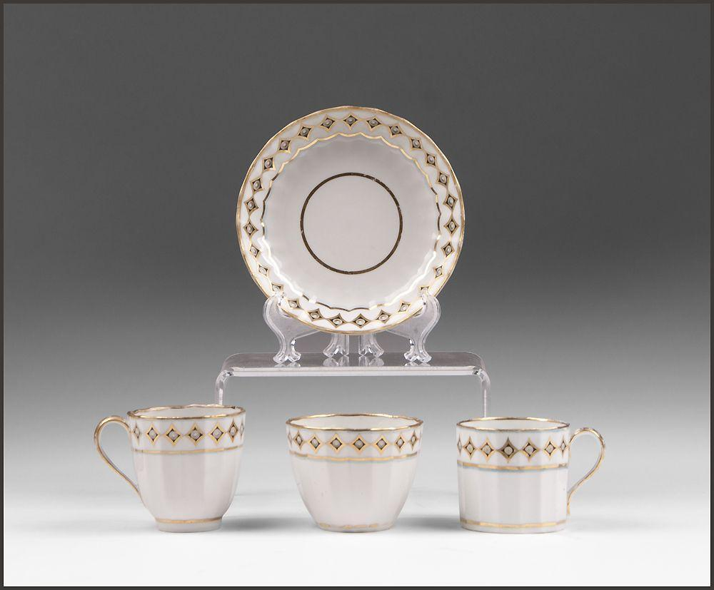 1806-1825 Derby Porcelain Trio of Cups And Saucer
