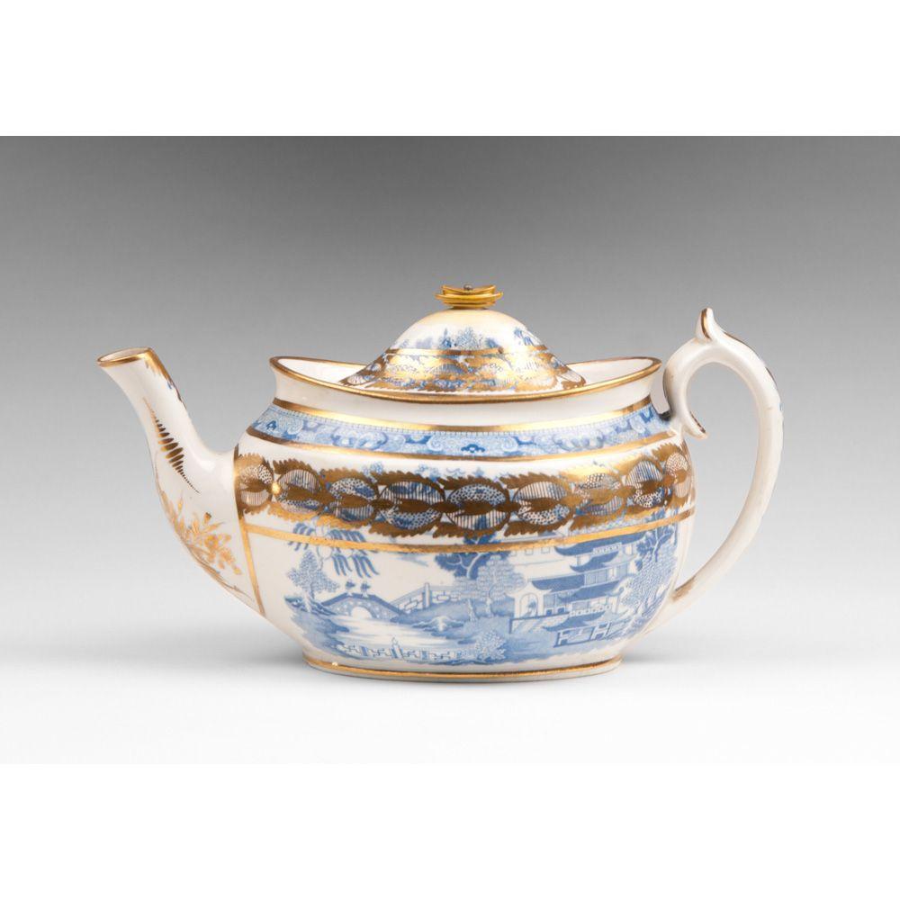 1807-1813 Miles Mason Blue & White Teapot