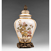 Large Royal Worcester Japanese Aesthetic Movement Vase & Cover