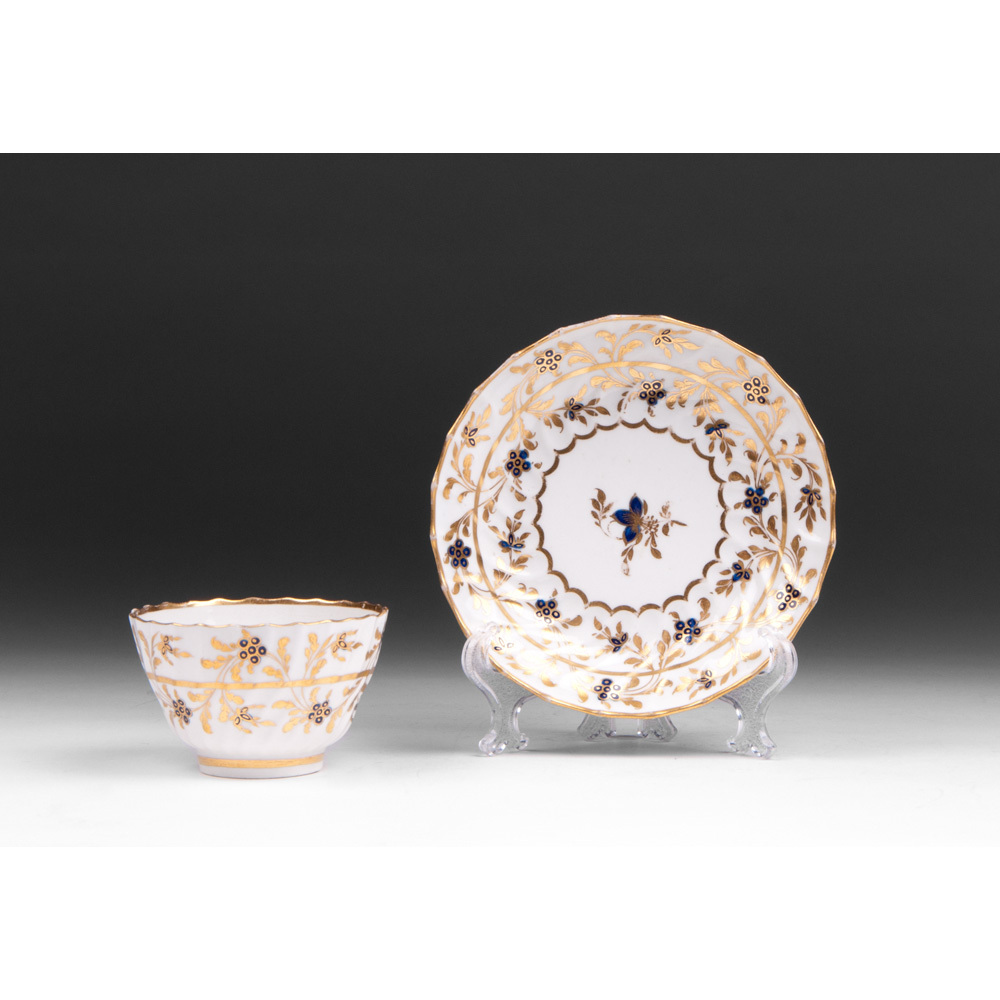 Worcester Flight Period Tea Bowl With Saucer, 1783 – 1792