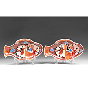 Pair of Japanese Imari Fish Shaped Platters Or Plates