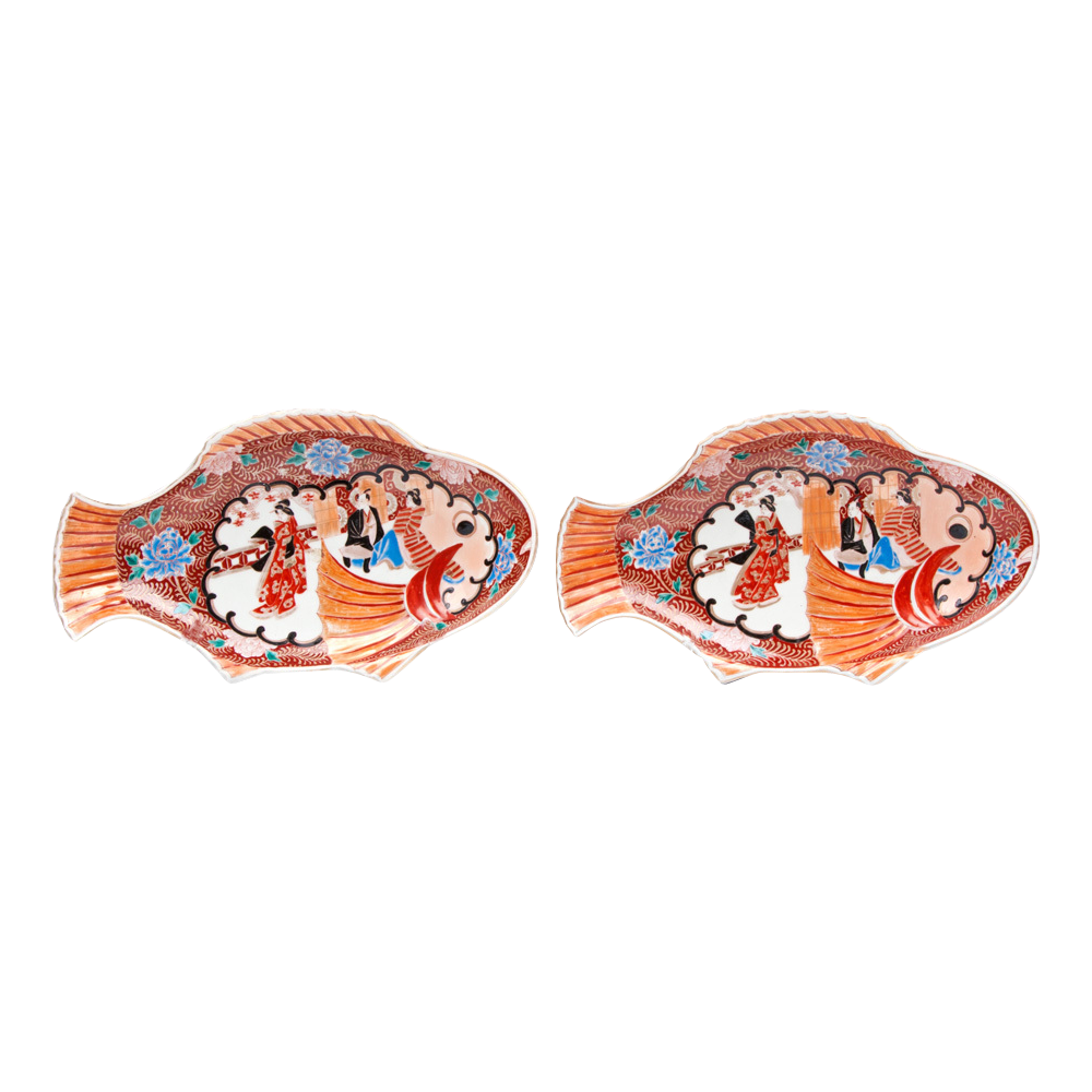 Pair of japanese imari fish shaped platters or plates from for Fish shaped plates
