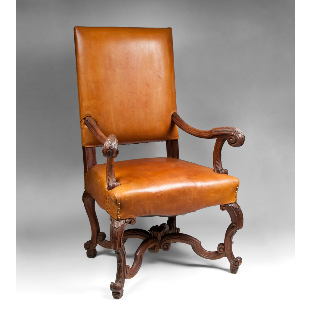Antique louis xiv chair - Late 19th C Louis Xiv Style Walnut Carved Fauteuil La Reine Or Armchair