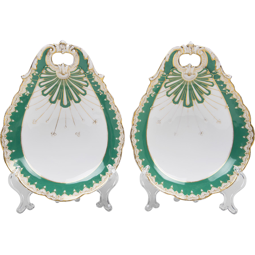 Pr. Of 19th C. Vieux Paris Porcelain Rococo Shell Shaped Side Dishes