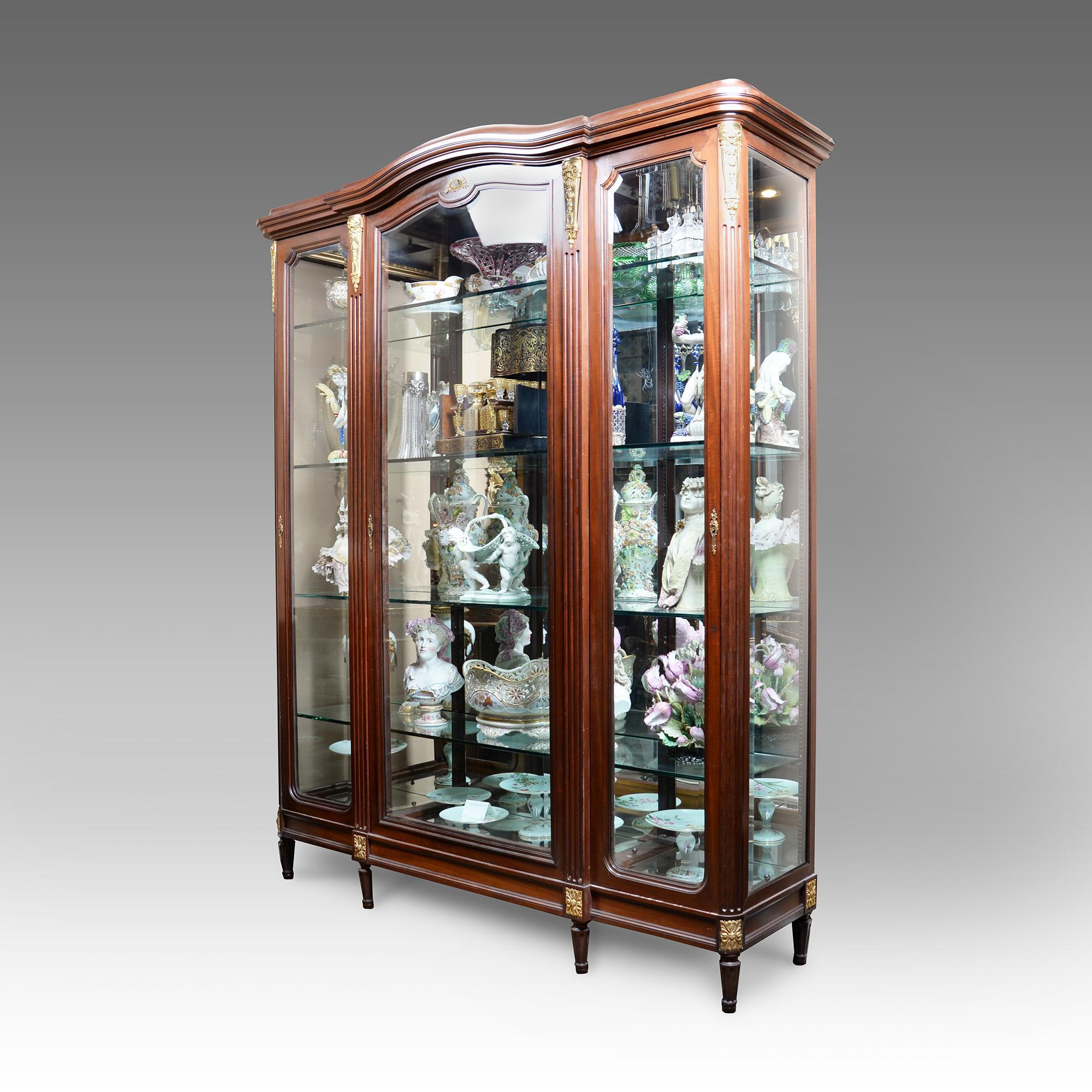 Early 20th C. French Louis XVI Kingwood Bibliothèque Vitrine Cabinet Mounted In Ormolu