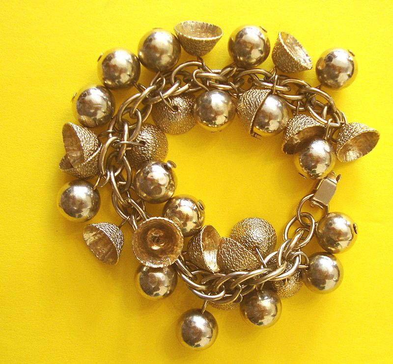 "Darling Vintage Bells & Balls Charm Bracelet: ""Mad Men""-worthy!"