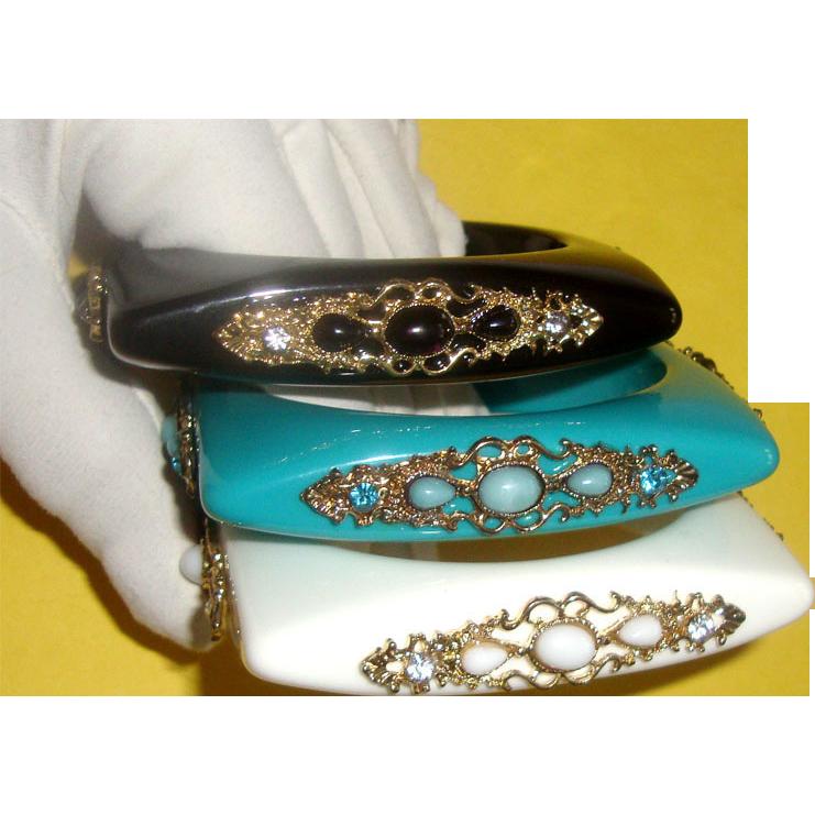 Square Lucite Bangle Bracelet Set: French-Look Filigree Styling