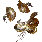 RUTH ROSENFELD Modernist Large Brooch & Earrings: Floral Figurals: Mixed-Colored Metal
