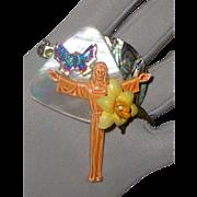 Sugarloaf Jesus of Rio de Janeiro & Mother-of-Pearl Brooch: Brazilian Style