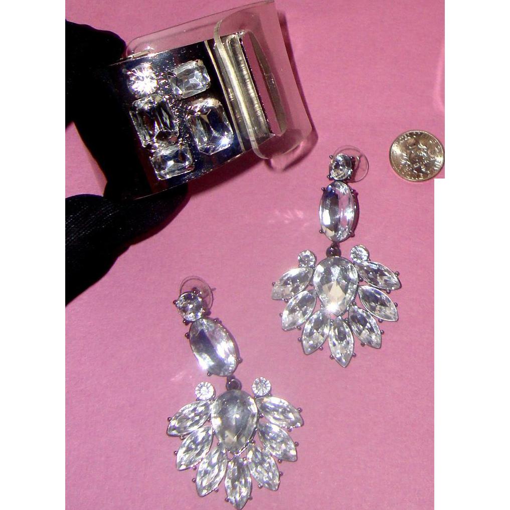 Stunning 1/2 Clear Plastic - 1/2 Metal RS Cuff Bracelet & Chandelier Earrings