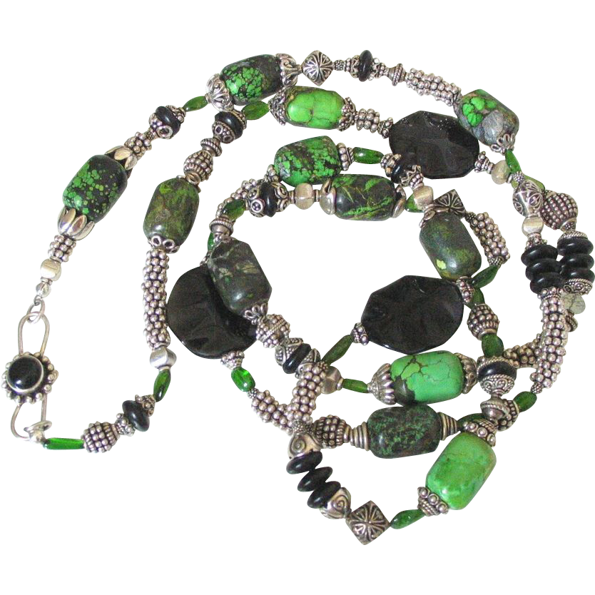 Faustite & Chrome Diopside Body Necklace by Pilula Jula 'Memphis'