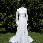 1970s Soft and Flowy Off White Wedding Gown / Dress