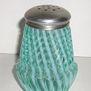 Exquisite Victorian 1800s Blue Opalescent Sugar Shaker Swirl Ribbed Chrysanthemum Base