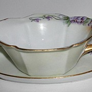 R S Germany Sauce Gravy Boat Dish With Matching Liner Hand Painted Purple Violets Gold Fluted