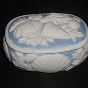 Very Rare 1800s Bennington Parian Blue & White Porcelain Trinket Box Applied Sea Shells & Flowers In Relief