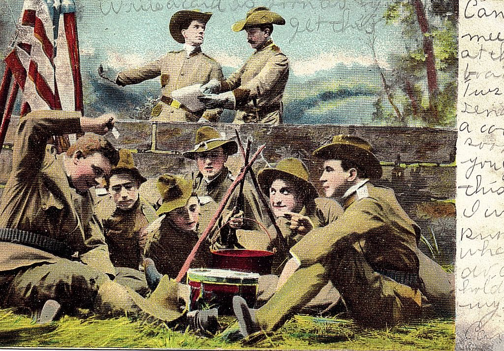 1908 Theodore Roosevelt Era Postcard Two High Ranking Military Officers & Soldiers Around Campfire