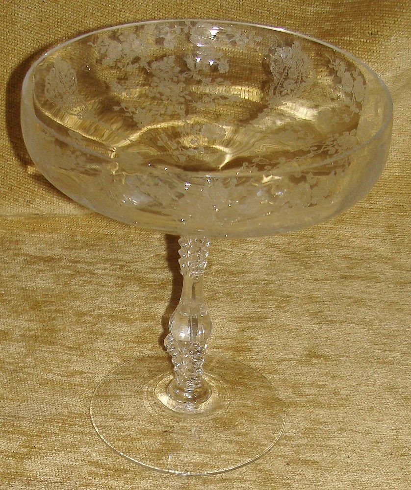 "Rare Cambridge Crystal "" Rose Point ""  6"" Comport"