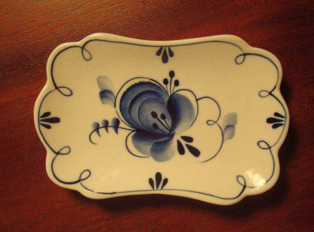 Russian Gzhel Porcelain Factory - Blue & White Butter Pat