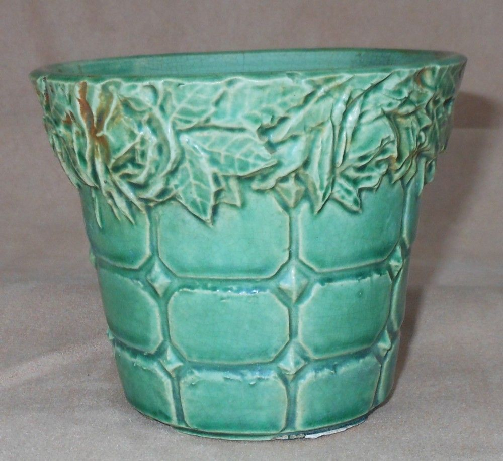 Unmarked McCoy Green Pottery Planter -  Roses