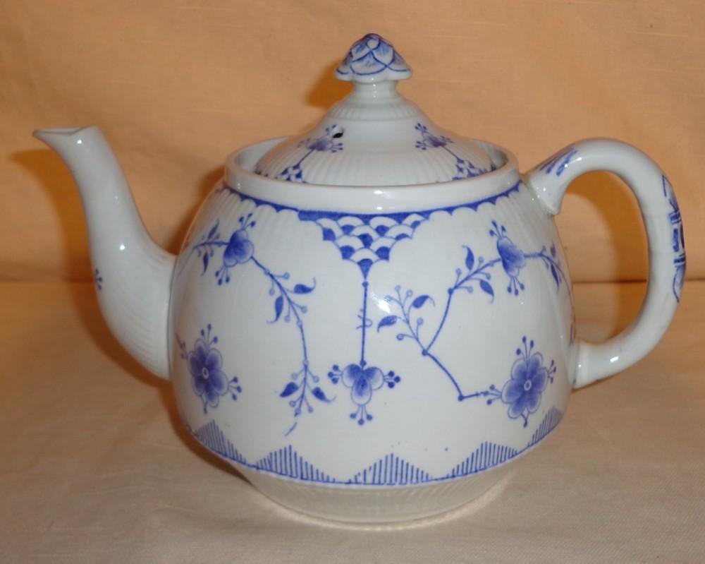 Furnivals Denmark Blue Flute Tea Pot