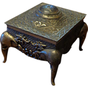 Vintage Elephant Base Silver Metal Jewelry Box