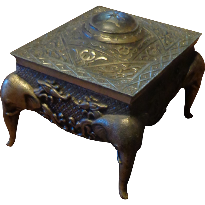 Vintage Elephant Base Silver Metal Jewelry Box