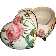 Goebel  -Smithsonian Collection - Heart Box