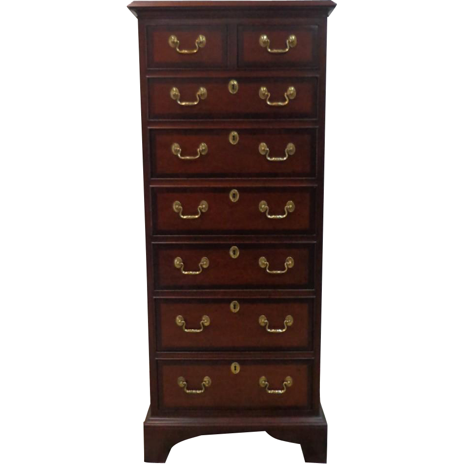 Councill Craftsmen - Solid Mahogany - Lingerie Chest - Circa 1980 - Chippendale Style