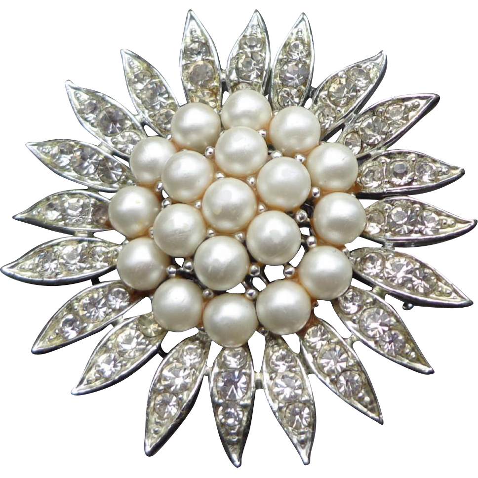 Lisner - Signed Faux Pearl & Rhinestone pin/Brooch