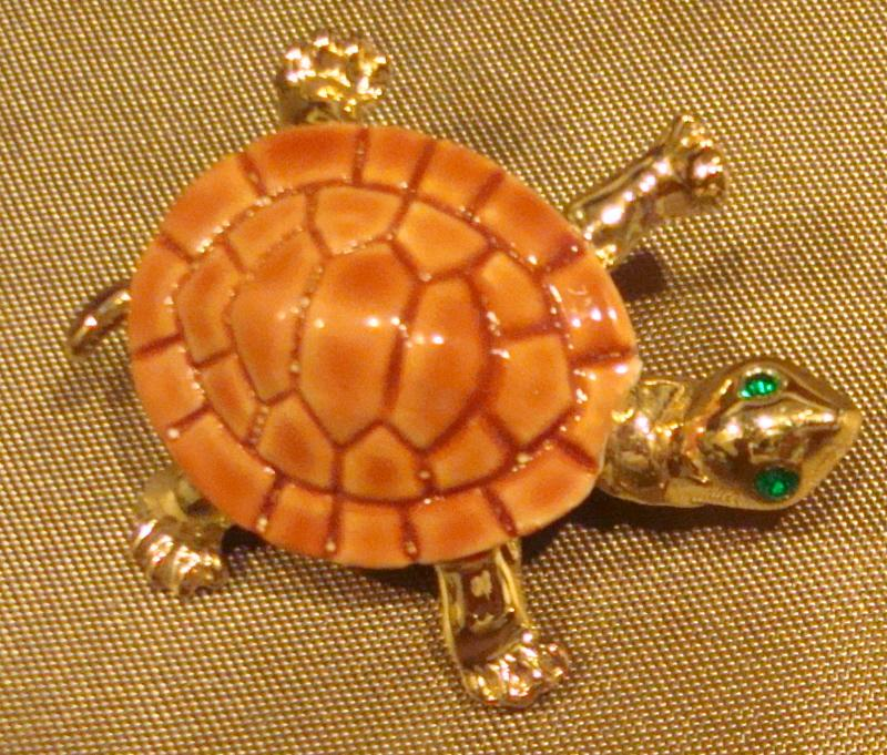 Vintage Gold-Tone Turtle Pin