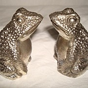 Vintage Silver Metal Frog Salt & Pepper Set