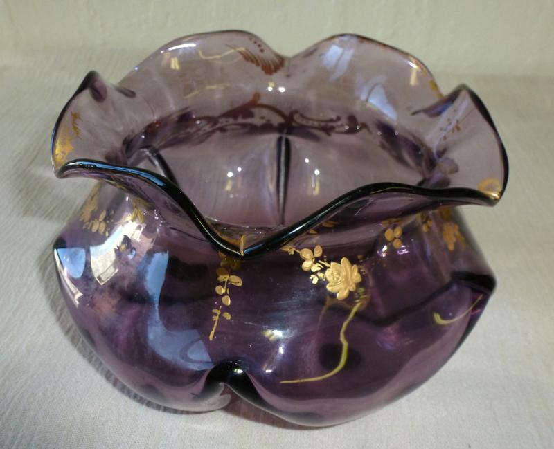 19 th century Art glass vanity bowl