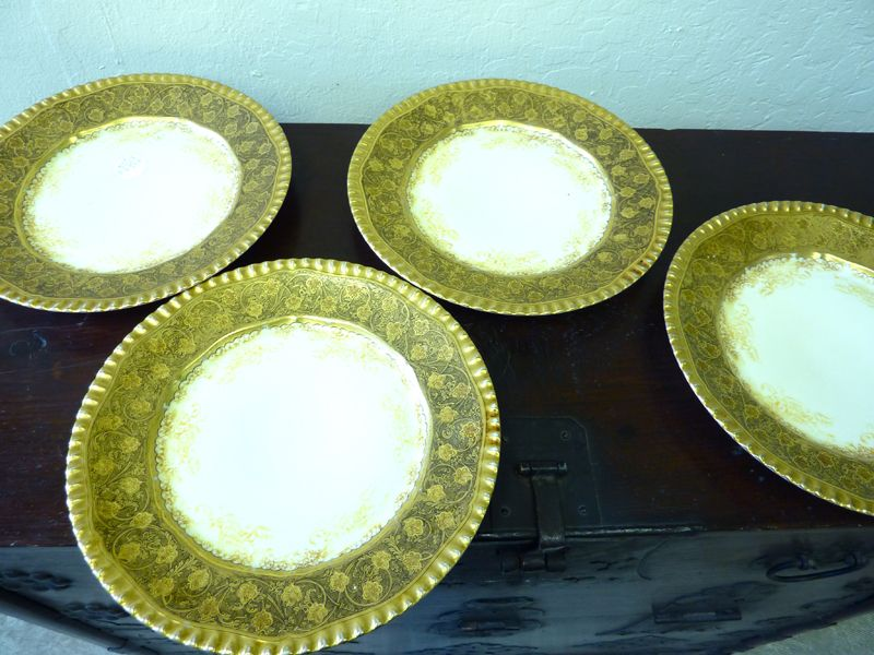 Set of 4 gold plates from T&V Limoges