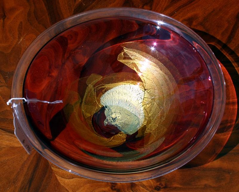 Art glass bowl signed Roger Nachan 1986