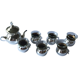 Tea pot and six cups for dollhouse - silver/glass