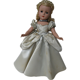 "1950-1951 14"" Madame Alexander Cinderella"