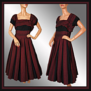 Vintage 50s Maroon & Black Dress // 1950s Horizontal Pleated Circle Skirt Ladies Size Medium