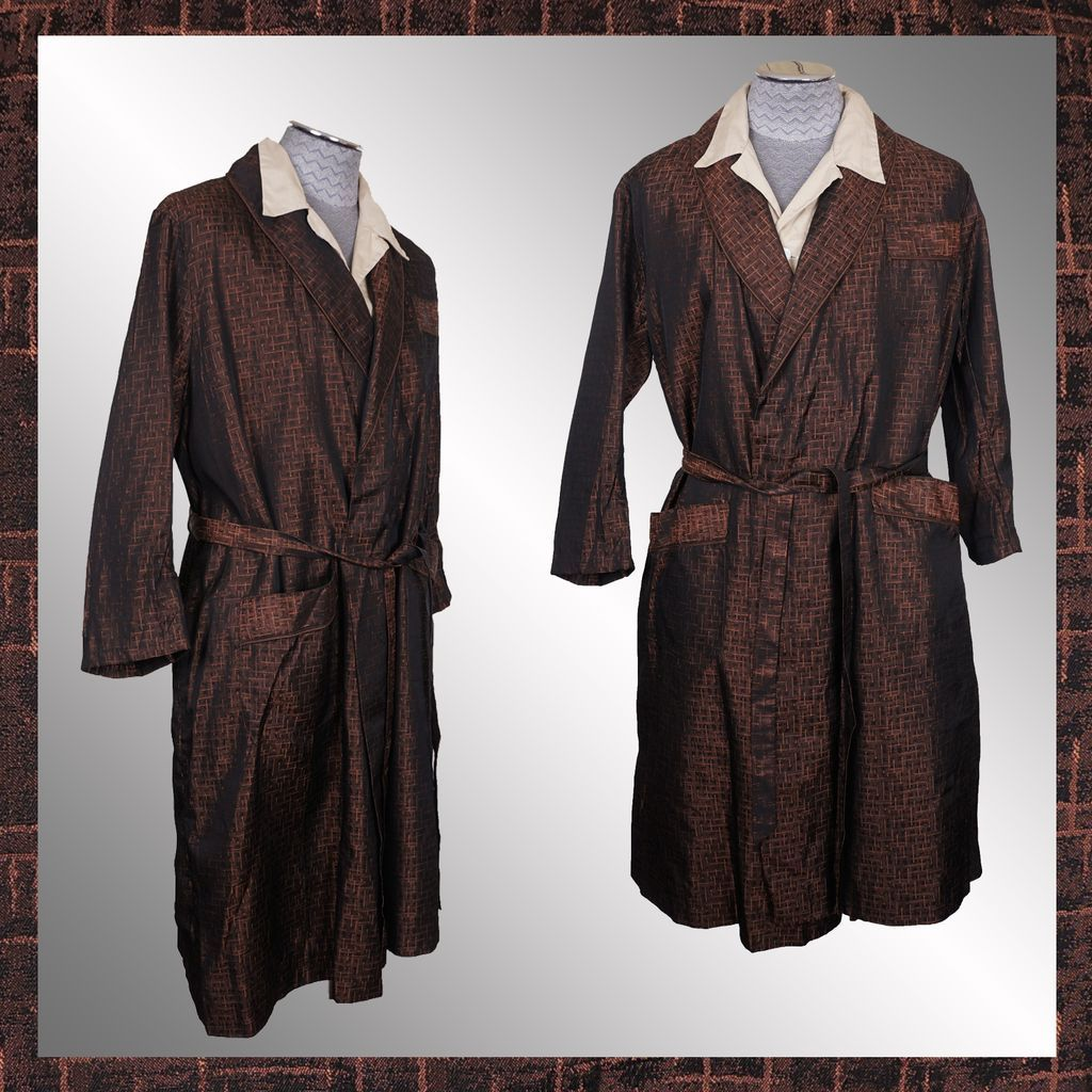 Dressing Gowns And Robes: Vintage 1950s Dressing Gown Woven Brocade Lounging Robe