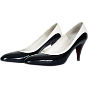 1980s Bruno Magli Black & White Pump Shoes