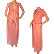 Vintage 1970s Nightgown & Peignoir Set Pink Nylon  - Claire Haddad - M