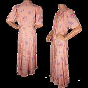 Vintage 1940s Floral Print Pink Dressing Gown by Brendelle Ladies Size M