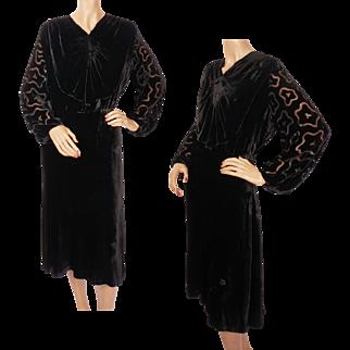 Vintage 1930s Black Velvet Dress with Devore Burnout Sleeves Ladies Size M L