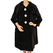 Vintage 1950s Black Velvet Coat w Large Collar Ladies Size Large