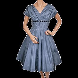 Vintage 1950s Blue Taffeta Party Dress Size Medium