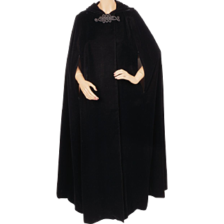 Vintage 1970s Black Velvet Cape with Hood by Trianon Size L