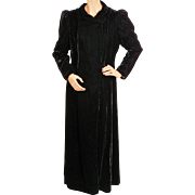 Vintage 30s Black Velvet Coat 1930s Opera Evening Jardine Gowns Montreal Ladies Size M