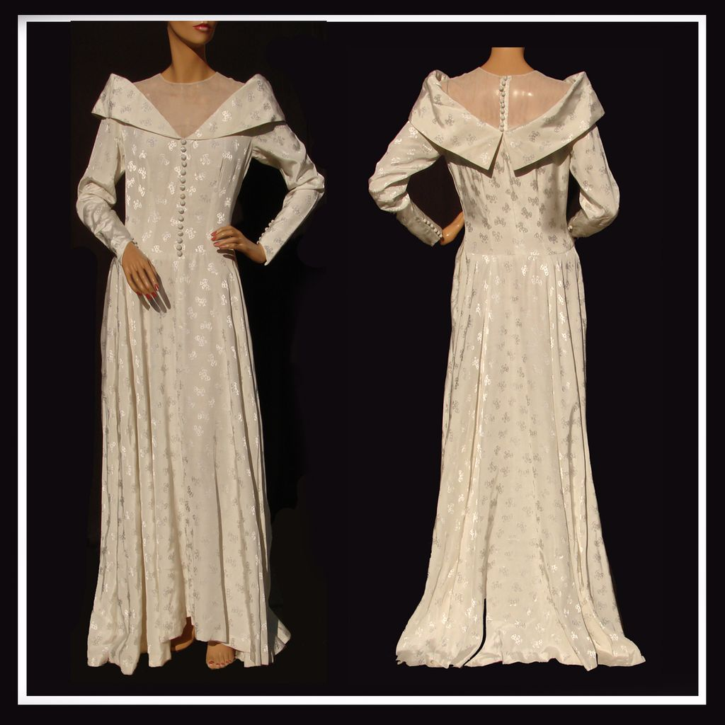 Vintage 1940s Wedding Gown - Rayon Moire - Woven Bow Pattern - M